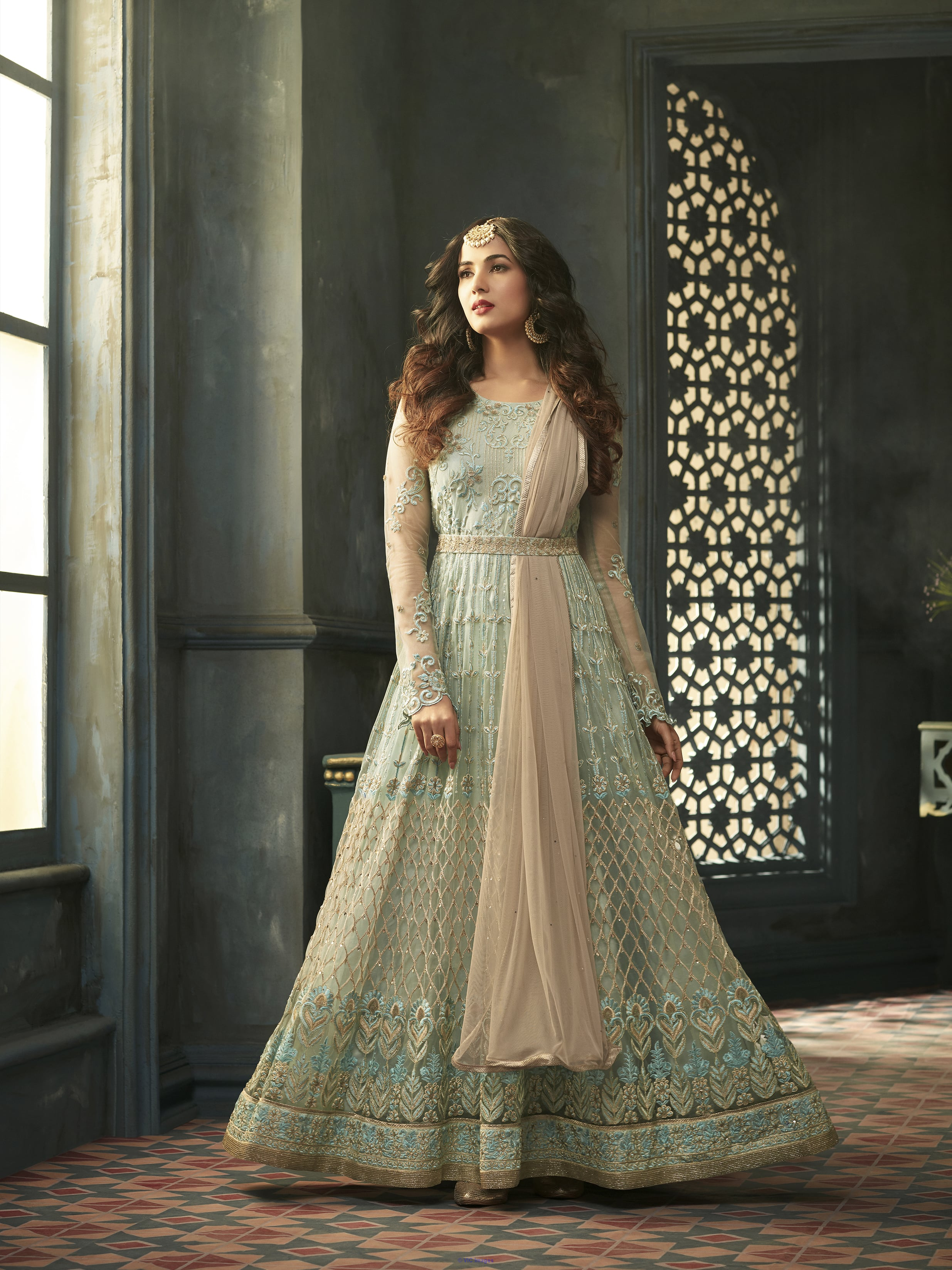 Free Shipping Offers on Indian Clothing Online afula