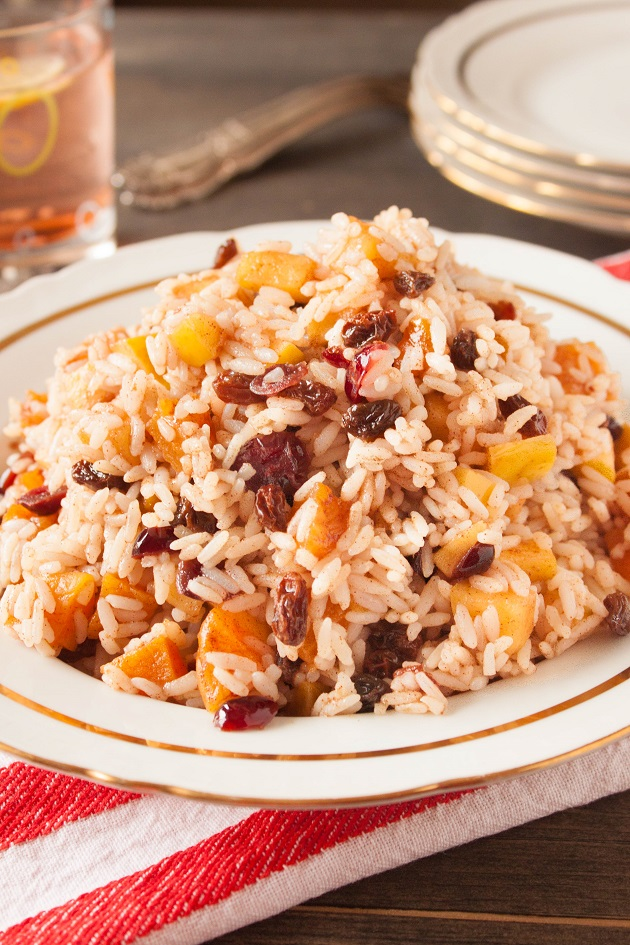 Sweet Rice with Apples and Dried Fruits
