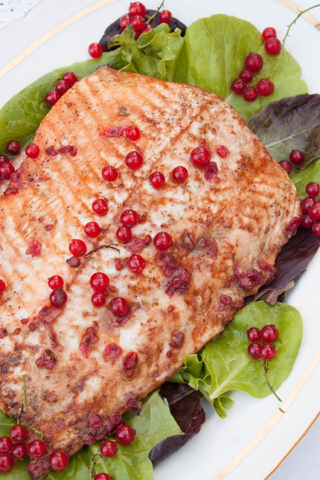Delicious Baked Salmon fillet in Red Currant Sauce